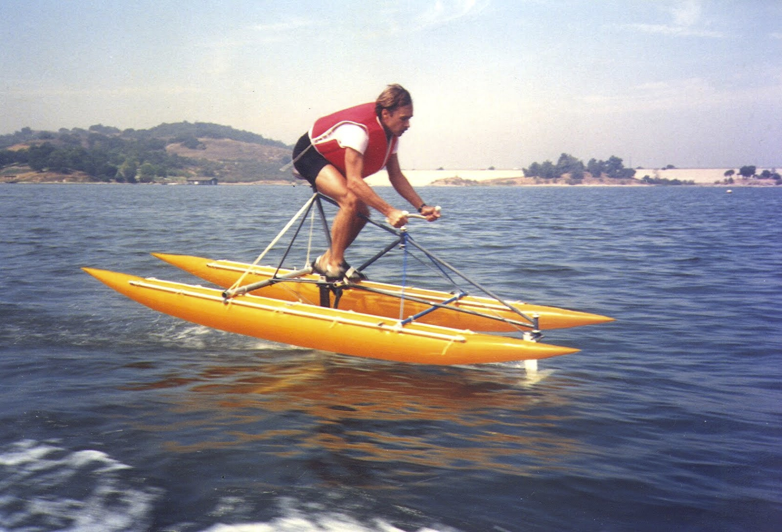Flying fish hydrofoil for Flying fish bikes
